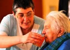 Os idosos precisam de cuidados dentro de casa- Blog Cantinho Ju Tavares