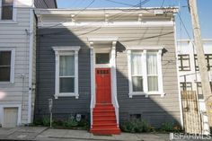 Now's Your Chance to Live in a 1890 Carriage House in the Western ...