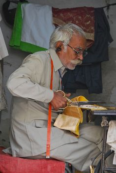 Taylor at Work, Udaipur, India   Peter Cook