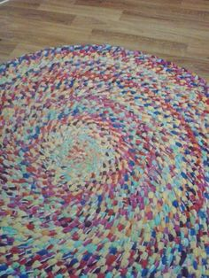 I make indestructible braided rugs, no sewing required! Just takes fabric, scissors and time. - Imgur