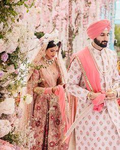 Sikh Bride, Indian Bride And Groom, Bride Groom, Navy Groom, Groom Wear, Hindu Wedding Photos, Indian Wedding Photography Poses, Desi Wedding, Wedding Bride