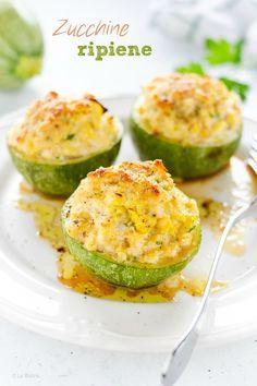 Le ZUCCHINE RIPIENE, una ricetta velocissima ottima anche se mangiata fredda. Pochi ingredienti ma risultato stupefacente. #zucchine #light #zucchini #baked #meat