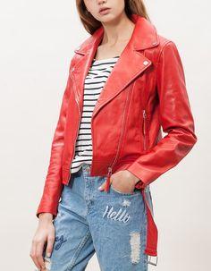 Cazadora biker piel roja mujer