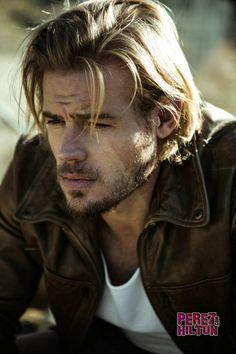 Trevor Donovan... Brad Pitt/Chris Hemsworth... Scruff. Yes.