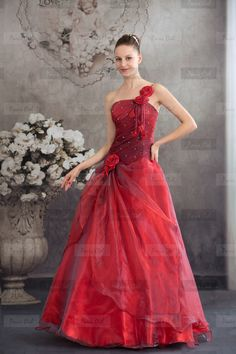 Grand Red Wedding Gown
