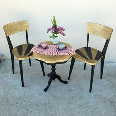 Chairs with black stripes