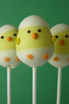 Hatching Baby Chicks Cake Pops | Flickr - Photo Sharing!