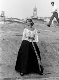Veruschka : From Vera to Veruschka http://www.vogue.fr/photo/le-portfolio-de/diaporama/veruschka-livre-from-vera-to-veruschka-aux-editions-rizzoli/18489/image/995819#!7