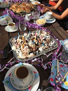#födelsedagsfika #birthday #fika #marängsviss