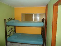 Habitación con camarote - apartamento Iguana El Rodadero (Santa Marta - Colombia). www.youtube.com/... www.facebook.com/... twitter.com/... - plus.google.com/... - www.linkedin.com/... rsmaalquilervacac... #Rodadero #SantaMarta #Hotel #Turismo #Alojamiento #Alquiler #Arriendo #Colombia #ParqueTayrona