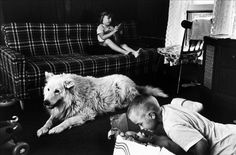 Martine Franck, 1983, family of fishermaen in Amagansett, NY
