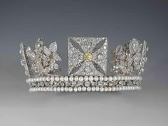 The Diamond Diadem, Rundell, Bridge and Rundell, 1820, Diamonds A Jubilee Celebration - The Royal Collection (c) 2012, Her Majesty Queen Elizabeth II
