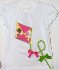 Girls kite applique shirt by SewAdorableToo on Etsy, Wool Applique, Applique Patterns, Applique Designs, Embroidery Applique, Sewing For Kids, Diy For Kids, Crafty Projects, Sewing Projects, Pach Aplique