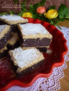 Nagy kedvencem ez a sütemény, és most a hideg napokban igazán vágytam egy kényeztető téli ízre. Nálam ilyen a mák, felmelegít. :)   Megint ... Healthy Dessert Recipes, Gluten Free Desserts, Healthy Desserts, Easy Desserts, Cookie Recipes, Hungarian Desserts, Hungarian Cake, Hungarian Recipes, Polish Recipes