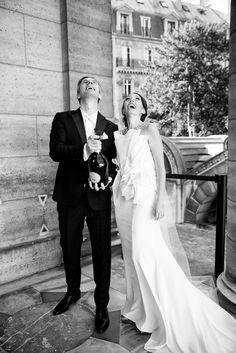 champange, ruinart, paris wedding, chapelle expiatoire, le secret d'audrey, love, cheers, paris wedding, wedding in paris, paris wedding planner, destination wedding planner, destination event planner, florist in paris