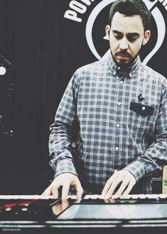 Mike Shinoda.... :)