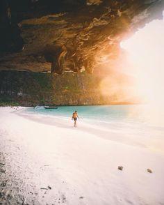 by jamesrelfdyer via Instagram #karmafinds #MayaBay #KohPhiPhiLeh #Thailand #travel #ocean