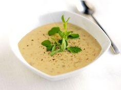 mushroom soup. recipe in Finnish.