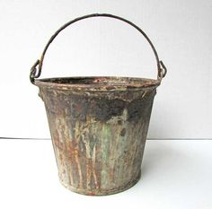 Vintage Grunge Finish Bucket Small Steel by kelleystreetvintage