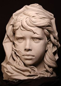 Philippe Faraut é um escultor especialista em fazer bustos com impressionantes linhas de expressão, algumas de sua esculturas dão a sensação de respirar, tal a perfeição. Se você é amante da arte ou/e pensa em enveredar pelo mundo da escultura, nã...