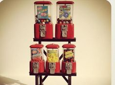 Mini gumball machines. Awesome!