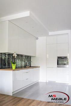 Kuchnia z motywem lasu wykonana przez MS-meble Kitchen Cabinets, Home Decor, Interior Design, Home Interior Design, Dressers, Home Decoration, Decoration Home, Kitchen Cupboards, Interior Decorating