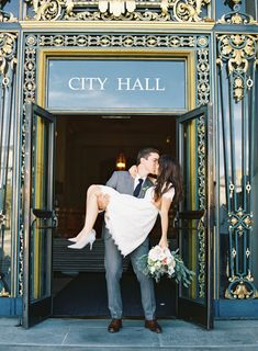 City Hall elopement that you won't forget! Photography: The Great Romance Photo - thegreatromancephoto.com Read More on SMP: http://www.stylemepretty.com/california-weddings/san-francisco/2016/10/07/intimate-city-hall-elopement-san-francisco/ #CityHallWedding