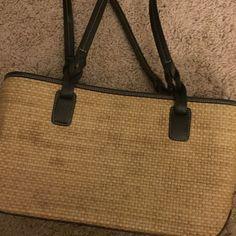 Ann Taylor Loft purse Basket weave style summer purse. LOFT Bags Shoulder Bags