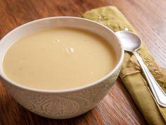 Recette de Soupe d'hiver avec un reste de chou blanc (très rapide) Healthy Soup, Healthy Cooking, Soup Recipes, Vegetarian Recipes, Nom Nom, Sweet Tooth, Veggies, Cookie, Food And Drink