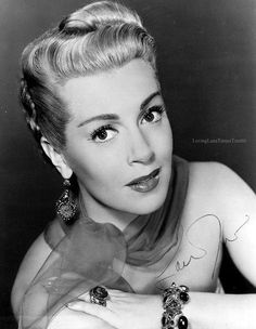 Julia Jean Turner professionally recognized as Lana Turner, was an American actress popular during the and once married to the bandleader Artie Shaw & actor Lex Barker.(Imitation Of Life, 3 Muskateer The Postman Always Rings Twice) Old Hollywood Glamour, Golden Age Of Hollywood, Vintage Hollywood, Hollywood Stars, Classic Hollywood, Hollywood Icons, Hollywood Actresses, Grace Kelly, Lana Turner