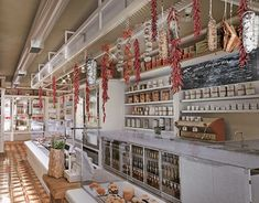 "Check out new work on my @Behance portfolio: ""Delicatessen store"" http://be.net/gallery/61259375/Delicatessen-store"