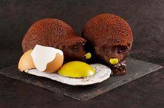 Patrick Roger Chocolate - Sculpteur de goûts L'univers gourmand chocolaté de Patrick Roger émerveille par la finesse des goûts, par l'association des textures, par l'esthétique sublime des créations, et propose un raffinement d'excellence pour les adultes comme pour les petits....