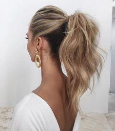 This high ponytail is everything @emmachenartistry #bridesjournal #updo #hair #hairdresser #wedding #weddingday #bridesmaids