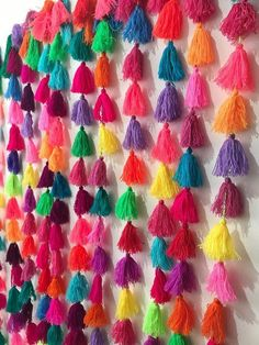 Everything in life is better with Tassels! Let your inner bohemian shine with these multipurpose decorative Pom Pom garlands. Pom Pom Garland, Tassel Garland, Pom Poms, Tassels, Easy Crafts, Diy And Crafts, Crafts For Kids, Arts And Crafts, Arte Linear