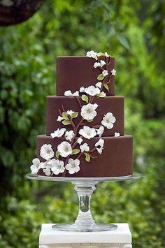 Pastry models made from sugar dough - Hochzeitstorte - Cake Design Beautiful Wedding Cakes, Gorgeous Cakes, Pretty Cakes, Amazing Cakes, Elegant Wedding, Wedding White, Purple Wedding, Trendy Wedding, Gold Wedding