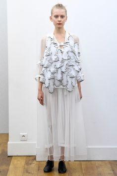 Noir Kei Ninomiya Spring 2018 Ready-to-Wear Collection Photos - Vogue