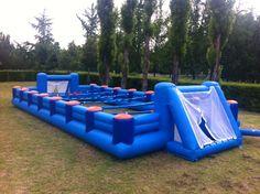 Jumpable con il calciobalilla presente a Modena il 20 ed il 21 Giugno.
