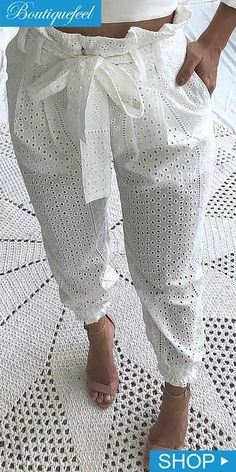 Paperbag Waist Eyelet Embroidery Casual Pants Source by de moda Casual Pants, Casual Outfits, Cute Outfits, Casual Attire, African Fashion Dresses, African Dress, Fashion Pants, Fashion Outfits, Womens Fashion