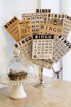 vintage postcards, macaroni and cheese, collection display ideas, bingo decorations, vintage bingo cards, card displays, creativ idea, sweet savannah, vintag bingo