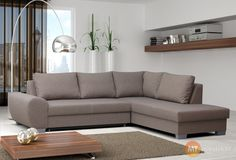 Nemačkejte se už celá rodina na malém gauči. Rozkládací sedací souprava Floriana vám poskytne dostatek místa i pohodlí. Je vybavená i úložným prostorem.
