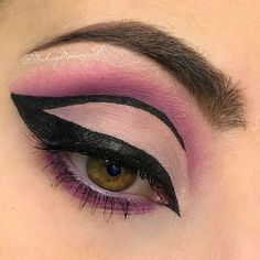 Just some fun graphic liner today. Thank you for all the love on my last post. You guys rock 😘💜 Makeup Details: 1. @bhcosmetics modern mattes palette & ultimate brow palette 2. @aomcosmetics extreme art liner pen 3. @toofaced better than sex mascara & born this way foundation 4. @tartecosmetics shape tape concealer 💋 💋 💋  #graphicliner #makeupforever #makeupgoals #makeuptutorial #eyemakeup #makeup #makeupartist #makeuplover #makeupaddict #makeupobsessed #makeupgeek #makeupinspo…