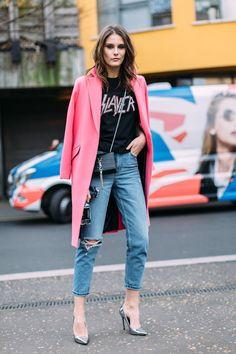 Рассматривай модные образы и комбинируй стильные комплекты из своих вещей!