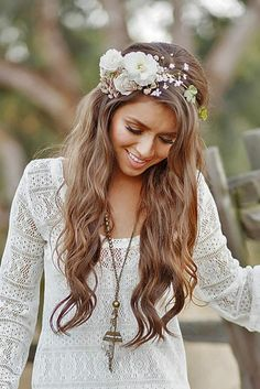 20 boho chic wedding hairstyles for your big day - wedding hairstyle - . - 20 boho chic wedding hairstyles for your big day – wedding hairstyle – # - Boho Wedding Hair, Wedding Hair Flowers, Wedding Hair And Makeup, Chic Wedding, Flowers In Hair, Trendy Wedding, Wedding Bouquets, Hairstyle Wedding, Wedding Beauty