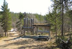 Saariselka in May - UK National Park. Cabins and Activities in Saariselkä #saariselkä #saariselka #saariselankeskusvaraamo #lapland #astueramaahan #stepintothewilderness #saariselkaMTB http://www.saariselka.com