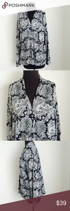❗️Talbots Woman Paisley Black White Cardi MSRP $89 ❗️Talbots Paisley Black & White Cardigan. Retails $89. In good condition size 2X. Feel free to make an offer! I consider all reasonable offers on items & give great bundle deals! Spring cleanout sale ;-) Talbots Sweaters Cardigans