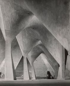 "redhousecanada: "" larameeee: Iglesia de la Medalla Milagrosa, Mexico City, completed 1955 by Felix Candela, 1954 photo by Lola Alvarez Bravo "" Architecture Design, Concrete Architecture, Amazing Architecture, Contemporary Architecture, Futuristic Architecture, Felix Candela, Church Of Our Lady, Le Corbusier, Built Environment"