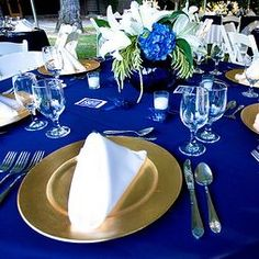 Royal blue and gold create stunning winter wedding reception tables - Table Settings Royal Blue Centerpieces, Royal Blue Wedding Decorations, Winter Wedding Receptions, Wedding Table Settings, Wedding Reception Decorations, Wedding Ideas, Wedding Stuff, Gold Decorations, Decor Wedding