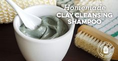 A recipe for Clay Body Wrap made with bentonite or green clay, sea salt, olive oil Pelo Natural, Natural Skin, Natural Beauty, Diy Beauté, Body Mask, Green Clay, Bentonite Clay, Wrap Recipes, Homemade Beauty Products