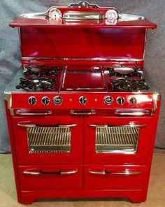 New kitchen remodel old stove 30 Ideas Kitchen Items, Kitchen Gadgets, Kitchen Decor, Kitchen Design, Antique Kitchen Stoves, Antique Stove, Old Stove, Stove Oven, Vintage Stoves