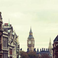 """""""London"""" Decalz @Lockerz"""